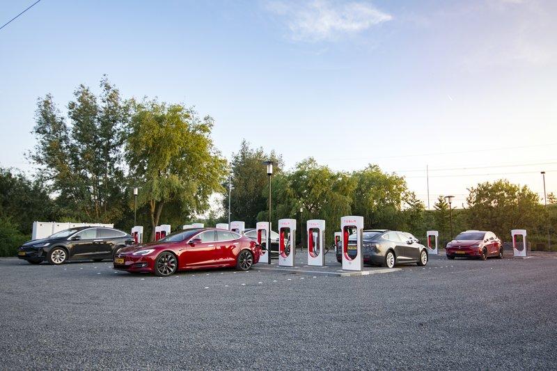 Zo Ziet Het Grootste Tesla Laadstation Van Nederland Eruit Sprout