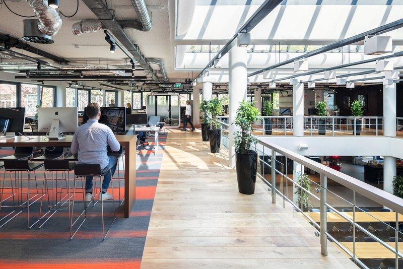 Het Nieuwe Kantoor : Zo ziet het nieuwe nederlandse kantoor van netflix eruit sprout