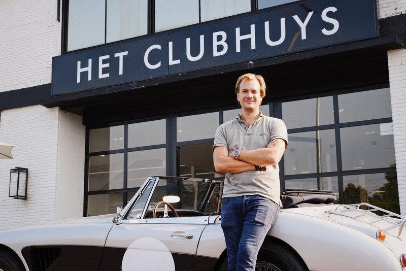 Ondernemer Robbert Buijs voor zijn droomclubhuys