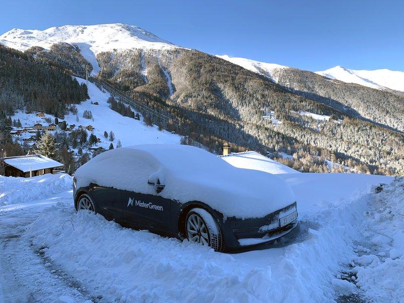 Elektrisch op wintersport (of vakantie) met de Tesla Model 3