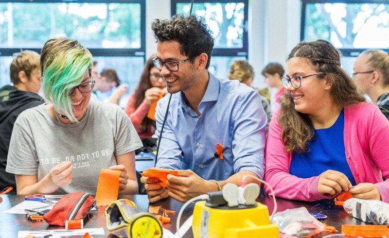 Thami Schweichler, Makers Unite
