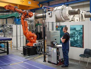 CEO: Allard Lohman (HSV MFG) en Menno Krommenhoek (HSV TMP) Plaats: Ede Omzet: 64 miljoen euro Gemiddelde groei: (2013-2017): 6,3% Gemiddelde EBIT: (2013-2017): 12,4% FTE: 304