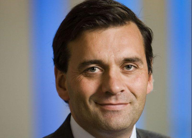 Net als Jumbo sluit Action geen cao af met de FNV, maar komt met een eigen arbeidsvoorwaardenregeling voor de ruim 15.000 medewerkers. Wie is topman Sander van der Laan?