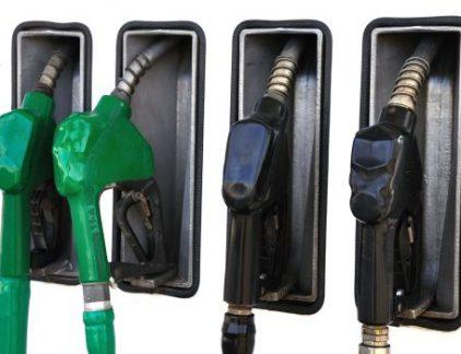Wat kost een liter benzine over een jaar?