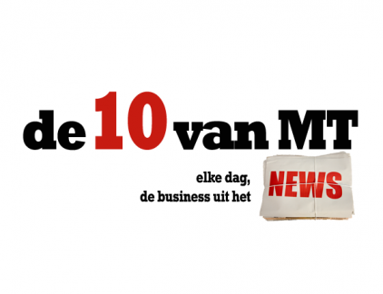 Plus: Easyjet: meer zeggenschap over Schiphol, Deutsche Post bouwt eigen stekkerbusjes, KPN breidt cloudtak uit. Elke dag presenteert MT de business uit het nieuws van de dag in 10 punten. Vandaag: 1. 'Duizenden vaste banen weg bij KLM' KLM gaat de laagste functies binnen het concern invullen met uitzendkrachten. Dat heeft tot gevolg dat maar liefst drieduizend vaste banen gaan sneuvelen. Dit meldt De Telegraaf, die vakbond FNV aan het woord laat. Volgens FNV-bestuurder Jan van den Brink is het een 'ordinaire kostenreductie, waarbij echte banen verdwijnen'. Het gaat bijvoorbeeld om grond - en bagagepersoneel. De FNV vindt de reorganisatie 'onzalig voor een dienstverlenend bedrijf als KLM'. Ook bij de cargotak zullen banen verdwijnen. Het doel is een zogenaamde 'high performance organisatie', waarbij er een centralisatieslag gemaakt wordt binnen de luchtvaartmaatschappij. In de jaren 2016 en 2017 moet dit leiden tot 4 procent meer gewerkte uren bij het huidige personeel. De operatie is nodig om te overleven in de hevig concurrerende luchtvaartmarkt. 2. Koper minder voor Philips Lighting De Britse investeerder Melrose heeft zijn interesse voor Philips Lighting laten varen. Dat meldt persbureau Bloomberg op basis van bronnen dichtbij de partijen. Philips wil zijn lichtdivisie afstoten via een beursgang of een directe verkoop. De kans op een beursgang zou zijn gegroeid. Tegelijkertijd gaat het biedingsproces onder geïnteresseerde kopers ook door. Onder meer Blackstone en Onex, Apollo Global Management en Go Scale zijn de kapers op de kust. De deadline voor hun biedingen is 18 april. Philips wil medio 2016 de verzelfstandiging afronden. Lees verder op MT.nl: Uitgelicht: voordat Philips weer een machine wordt... 3. Easyjet: meer zeggenschap over Schiphol Prijsvechter Easyjet wil meer zeggenschap over de toekomst van Schiphol. Volgens topvrouw Carolyn McCall laat de Nederlandse politiek haar oren te veel hangen naar de wensen van (nationale trots) KLM. In een interview met