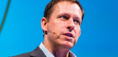 Als oprichter van Paypal en investeerder bij Facebook, LinkedIn en SpaceX heeft Peter Thiel tegendraadse ideeën. Dit is hoe je een doorbraakbedrijf bouwt.