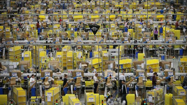 100.000 extra banen bij Amazon - Sony presenteert goede cijfers door gamesectie. Verder: Takeaway.com ziet aantal bestellingen fors groeien, farmaceutische industrie krijgt forse tik door toespraak Trump en meer.