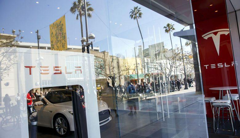 Tesla nieuwkomer als populaire werkgever onder studenten - Tv standaard huis ter wereld ...
