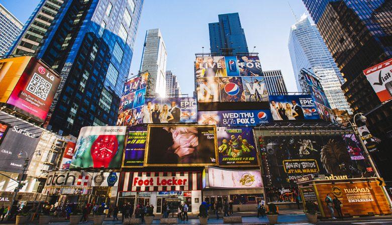 Reclame, irritant, consumenten, online advertenties, smartphone, adblocker