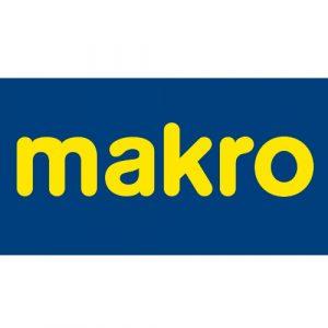 CEO: Kef van Helbergen Een nieuwkomer in de top 50 van de MT500: Makro Nederland. En dat terwijl het groothandelsbedrijf in zwaar weer verkeert. Door de snoeiharde concurrentie van Sligro en Hanos draait Makro een negatieve omzet. De verkoopcijfers van de groothandelstak van het Duitse moederbedrijf Metro Group (geleid door ceo Olaf Koch) stegen met 4 procent, tot 3,4 miljard euro. Maar dat was dan ook niet dankzij Makro Nederland. Die groei komt vooral uit China, India en Pakistan. Een grote reorganisatie moet het tij keren. Topman Kef van Helbergen snijdt in het personeelsbestand en het aantal producten. De komende drie jaar verdwijnen er 600 banen en het aantal producten wordt gehalveerd (van 65.000 tot 32.000). Nog opvallender: Makro gooit de deuren van zijn webwinkel dicht en investeert alleen nog maar in fysieke winkels. Dat moeten 'bruisende' plekken worden met het shop-in-shop concept en veel aandacht voor eten, zodat ondernemers ook graag komen voor meer dan alleen hun inkopen.