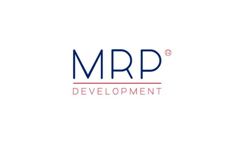 CEO: Bart Meijer Meijer Realty Partners nam vorig jaar ASR Vastgoed Ontwikkeling over en veranderde daarop de naam in MRP Development. Met de overname kwam een aantal grote projecten in handen van MRP Development, zoals De Zuid in Scheveningen, de herontwikkeling van de Kruisvaartkade in Utrecht en het Osdorpplein in Amsterdam. Een van de grote nieuwe projecten die het bedrijf vorig jaar aanging, was het complex Megastores in Den Haag. Voor 66 miljoen euro werd het 15 jaar oude complex achter Den Haag Hollands Spoor gekocht van ING. Er komt een nieuwe ingang met daarboven een woontoren van zeventig meter hoog. Meer horeca, winkels, supermarkten en een extra parkeerterrein. MRP Development investeert maar liefst 40 miljoen euro in het opplussen van het winkelcentrum.