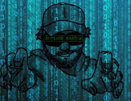 Steeds meer bedrijven zijn bezig met cybersecurity. Hoe kan het ook anders, met de Meldplicht Datalekken van vorig jaar en de aankomende nieuwe regels van de GDPR? Maar de medewerkers van diezelfde bedrijven zijn lang niet (allemaal) op de hoogte van de gevaren van cybercrime. Dat blijkt uit onderzoek van IT-hostingbedrijf BIT onder ruim duizend kantoormedewerkers in Nederland. Wachtwoorden Dat we onze wachtwoorden regelmatig moeten vernieuwen en dat we niet eenzelfde wachtwoord voor meerdere accounts moeten gebruiken, weten de meesten wel. Het komt nog wel voor: 50 procent verandert het wachtwoord eens per kwartaal, 19 procent doet het een keer per jaar en 21 procent nog minder dan dat. Dit is nog een laagdrempelige manier van online beveiliging. Vooral gevaarlijk is hoeveel gegevens we online (onbewust) achterlaten. Wat daarmee gebeurt, weet 68 procent van de ondervraagden niet. Online data Onze naam, postcode en woonplaats geven we online vrij gemakkelijk af. Wanneer er specifiekere gegevens, zoals bankrekeningnummer of creditcardnummer, worden gevraagd, zijn we wat voorzichtiger. Wat opvalt is dat de gemiddelde Nederlander voorzichtiger is met privégegevens dan met werkgegevens. Zo vindt driekwart van de respondenten het erger als privégegevens worden gestolen dan wanneer hun werkcomputer met bedrijfsgevoelige informatie wordt gestolen. 25 procent vindt die tweede vorm van diefstal erger. Cybercrime Er zijn tegenwoordig verschillende vormen van cybercrime, waaronder malvertising, randsomware, phishing en CEO-fraude. De een gijzelt je documenten in ruil voor enorme geldbedragen en de ander doet zich voor als je baas. Uit het onderzoek komt naar voren dat juist oudere medewerkers dit onderscheid beter kunnen maken dan jongere medewerkers. Daarentegen herkennen jongeren valse websites en e-mails weer beter. Richtlijnen Werkgevers dragen ook verantwoordelijkheid om hun online sporen te beschermen. Niet alleen ter beveiliging van kostbare bedrijfsgegevens, maar ook t