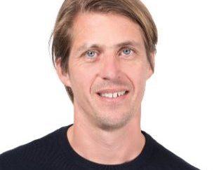 Bouwjaar 1973 Is CFO, Adyen Goudhaan in 2016 en 2017 Opleiding MBA Accounting and finance (Maastricht University) en MBA Supply chain (Aarhus scale up University) Online betaaldienstverlener Adyen is een techbedrijf én financiële instantie (met bankvergunning) in één. Vanzelfsprekend is in zo'n bedrijf een grote rol weggelegd voor de CFO. Ingo Uytdehaage vervult die rol met verve. Als voormalig financieel specialist bij KPN en corporate controller bij Vendex KBB brengt hij genoeg financieel-strategische ervaring in. De resultaatgerichte CFO werkt nauw samen met Adyen-oprichter en CEO Pieter van der Does, bijvoorbeeld bij het vinden van internationale investeerders.