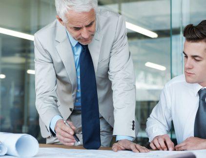 Van wie kun je het meest leren binnen je organisatie? Onderzoek van de RUG, Universiteit Keulen en Management Team toont aan: de directe manager is het beste rolmodel.
