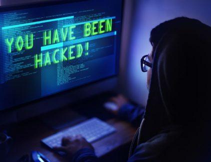 Cyberaanvallen zijn vaak het gevolg van een menselijke fout. Om bedrijven te laten zien hoe ernstig de gevolgen van een hack kunnen zijn en wat ze er zelf aan kunnen doen, ontwikkelde ICT-bedrijf Motiv virtual reality-trainingen.
