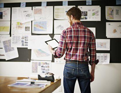 Keuzes maken is een belangrijk onderdeel van het werk van een manager. Maar je kunt niet altijd de juiste beslissing nemen. Drie tips om de kans op de goede beslissing zo groot mogelijk te maken.