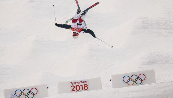 Het startschot voor de Olympische Winterspelen in het Zuid-Koreaanse Pyeongchang wordt bijna gegeven. Ruim twee weken lang zijn alle sporters en hun sponsoren in beeld bij miljoenen mensen. Hoeveel zin heeft het als bedrijf om de Spelen te sponsoren? 'De Olympische Spelen zijn altijd de champions league van sportsponsoring geweest.'