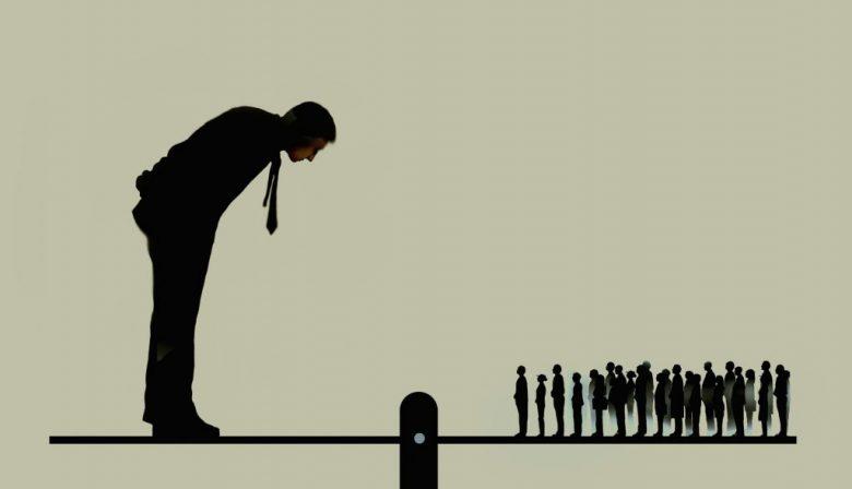 Traineeships zijn niet meer van vandaag. Bedrijven verwachten teveel van het toptalent en trainees zijn steeds meer bezig met hun werkgeluk, stelt HR-expert Tom Haak. 'Dat botst, het kan beter op een andere manier.'