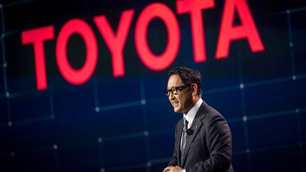 Toyota stopt met de productie van personenauto's met een dieselmotor in Europa. Aan het hoofd van een van de grootste autoproducenten ter wereld staat Akio Toyoda, kleinzoon van de oprichter.