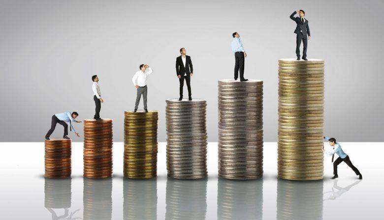 Om de loonlast én de vergrijzing te tackelen, is er een andere, intelligentere manier van belonen en verlonen nodig: flexibele verloning op maat voor elke werknemer.