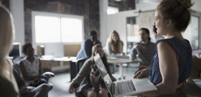Informeel leiderschap in organisaties is misschien wel één van de belangrijkste pijlers voor succes, en misschien nog wel belangrijker dan formeel leiderschap. Als leidinggevende kun je maar zoveel doen, terwijl je het leiderschap binnen jouw team echt nodig hebt om echt dingen voor elkaar te krijgen. Maar hoe herken je nu die informele leiders?