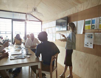 Je hebt een goed idee, maar hoe zorg je ervoor dat anderen daar ook zo over denken? Jeroen van Geel, mede-oprichter van designstudio Oak & Morrow geeft tips.