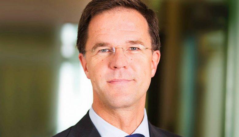 En verder: Dell gaat weer de beurs op als Dell Technologies; Beoogde nieuwe topman Air France-KLM trekt zich terug en Verkoop EMTÉ-winkels van Sligro aan Jumbo afgerond.