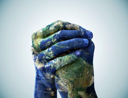 handen wereld vertrouwen duurzaam leiderschap MT