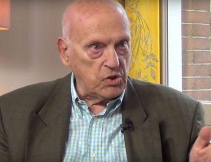 In een interview voor Voor de Ommekeer TV spreekt filosoof Ad Verbrugge met oud-Philips-topman Jan Timmer. Over weemoed naar het oude Philips en ons naïeve geloof in vrijhandel.