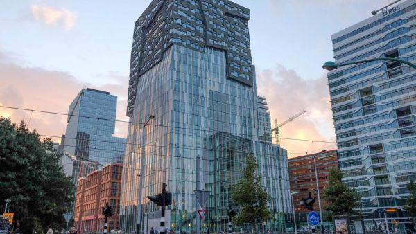 En verder: IBM doet grootste overname ooit; Stintum vraagt faillissement aan en Nederlandse condoomfabrikant gaat via Alibaba speciale Chinese condooms verkopen.