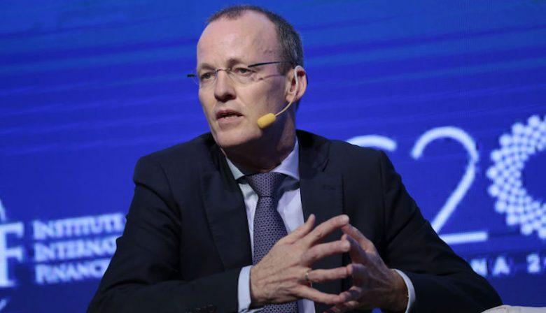 Topman van De Nederlandsche Bank (DNB) Klaas Knot mag zich vanaf december vicevoorzitter noemen van de internationale toezichthouder Financial Stability Board noemen. Een functie die hij naast zijn baan bij DNB uitvoert. Een profiel.