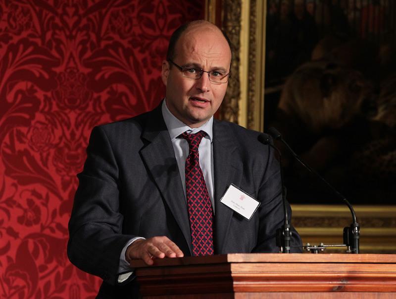 Nu Hans Wijers vertrekt als president-commissaris bij Heineken, wil de bierbrouwer voormalig CFO van Unilever Jean-Marc Huët als zijn opvolger. Een profiel van de voormalige Goudhaan.
