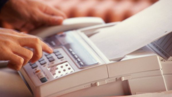 obsoletie fax column Angela Messioui MT