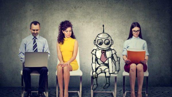 Vooruitlopend op de toenemende robotisering pleiten wetenschappers, economen en leiders als Jeff Bezos voor het basisinkomen. Een test in Finland pakt vooralsnog weinig gunstig uit.