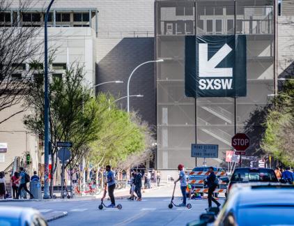 Tech speelt een steeds grotere rol op SXSW, en daarmee komt automatisch de vraag op: hoe ver kan de macht van de techgiganten gaan?