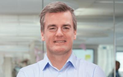 Na iets meer dan een jaar is Robbert Bakker begin deze maand stilzwijgend vertrokken als CEO bij bank Knab. Een profiel.
