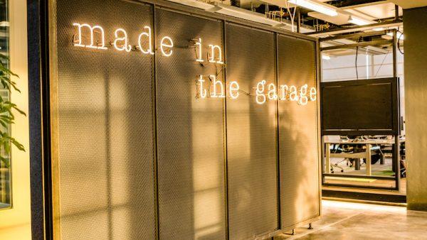 omgebouwde garage deloitte kans start-up klanten