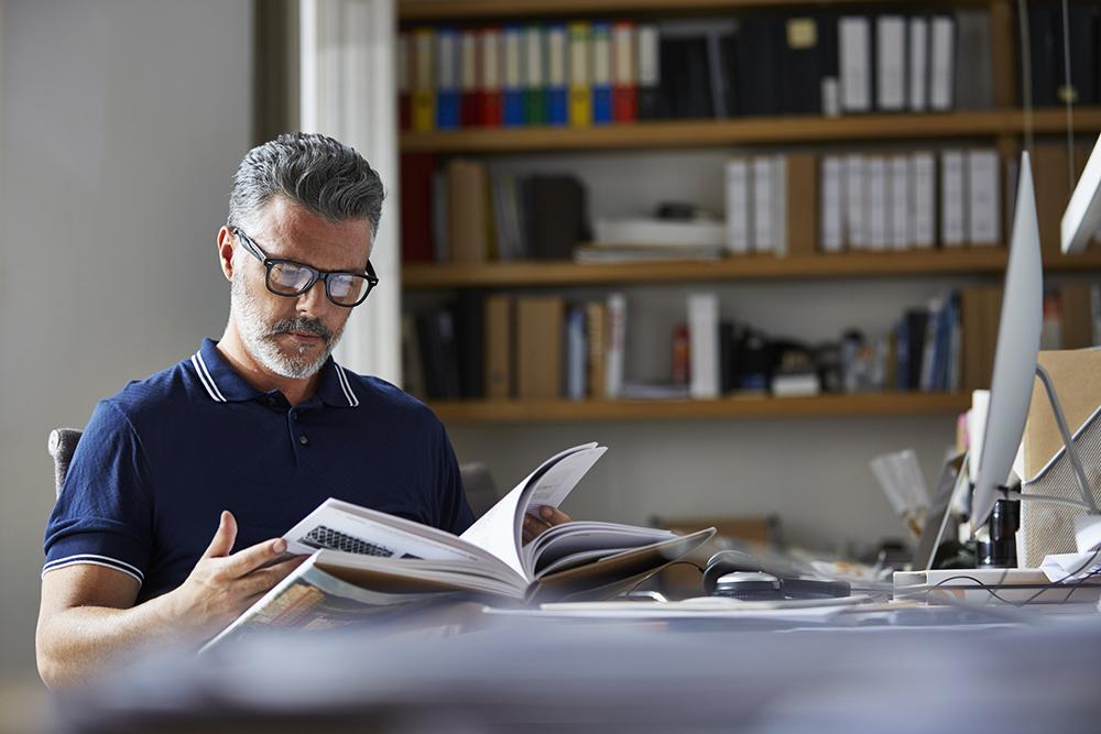 Productiviteitsgoeroe David Allen, bekend van de bestseller Getting Things Done, vertelt welke boeken je moet lezen om productiever te worden.