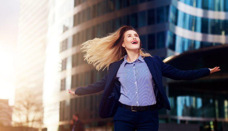 Dansen alleen voor op de dansvloer? Volgens verschillende wetenschappers en dansers kun je er ook op de werkvloer veel aan hebben.
