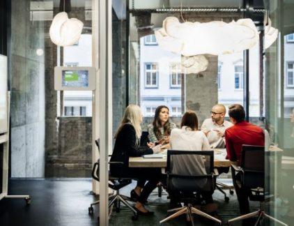 Slechte communicatie is in talloze opzichten nadelig. Maar wat als je baas slecht communiceert?