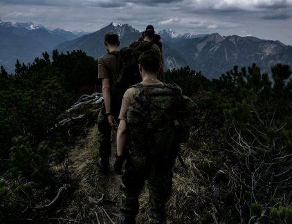 Yoga, militairen, yogadocent, defensie