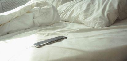 bed en smartphone