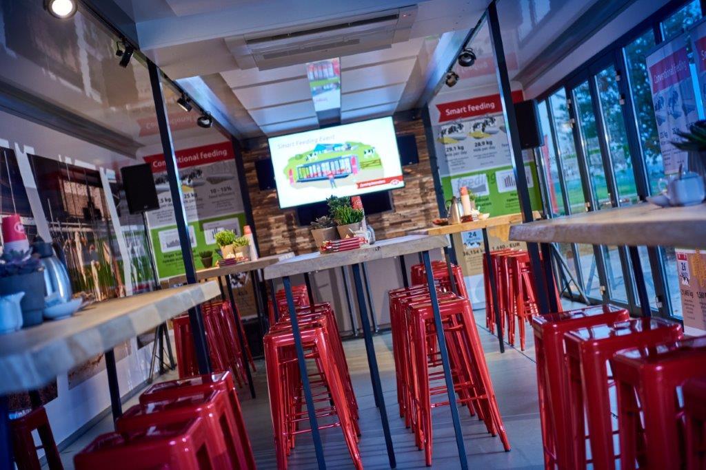 Van Essen Eventcatering EventTrailer Lely binnen