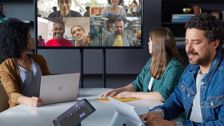 Overtuigen op afstand via de webcam Videovergadering