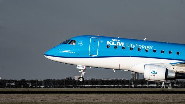 KLM schiet te hulp