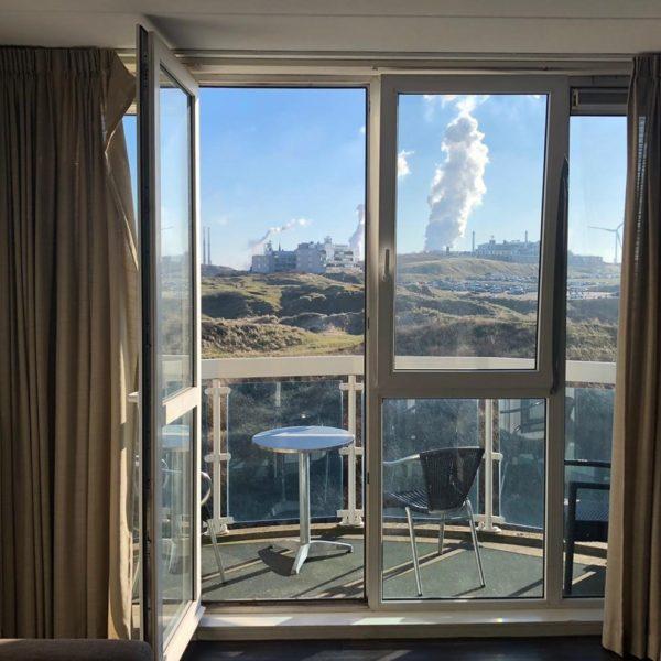 Hotelkamer met uitzicht op Tata Steel