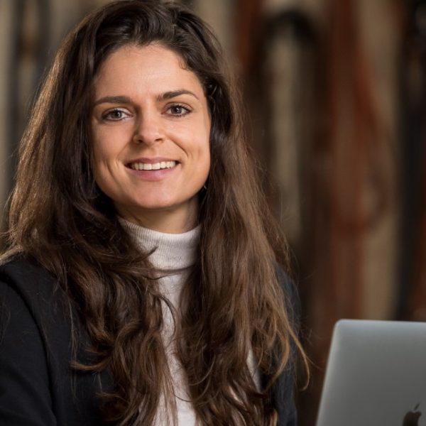 Horsify, Alexandra van der Lelij